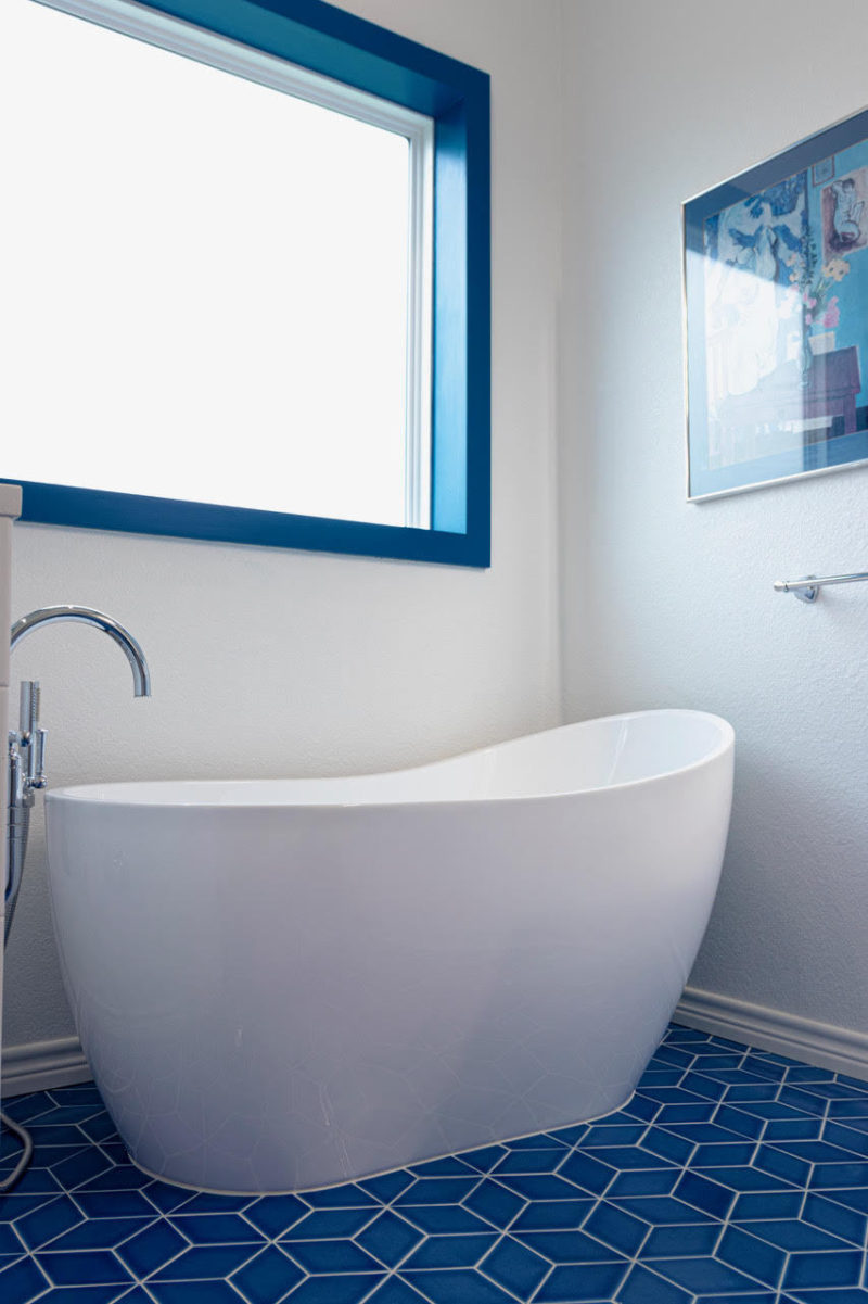 Bathroom floor ceramic tiles in lahore