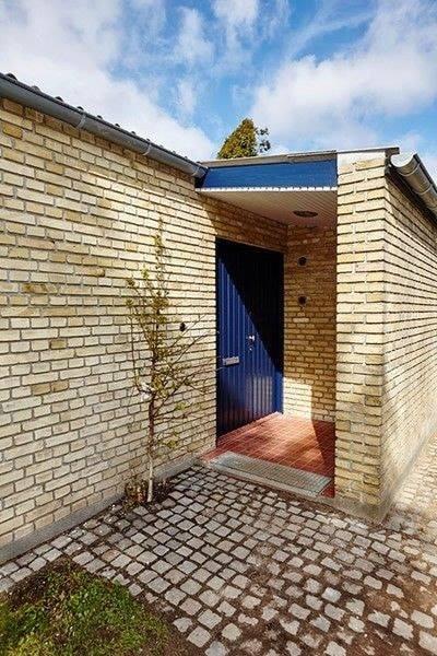 8 Yellow gutka price in pakistan external wall bricks tiles