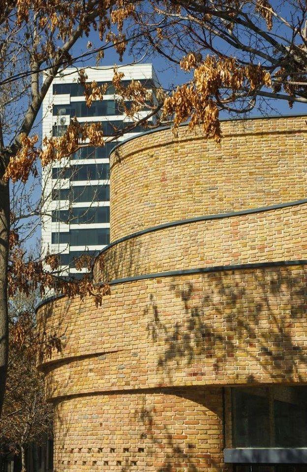 Yellow gutka tile outdoor brick tiles for walls